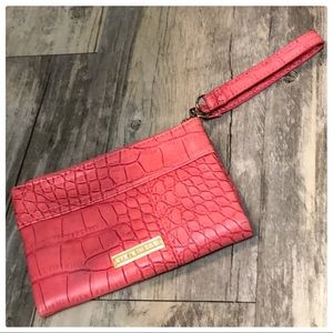 💕Steve Madden Coral Colored Foldable Wallet💕